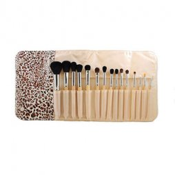 SET 694-15 PIEC WOODEN HANDLE SET W/ CHEETAH SNAP CASE